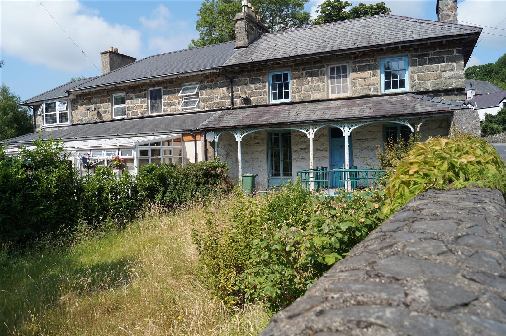 Penmorfa, Porthmadog - £200,000/Offers over